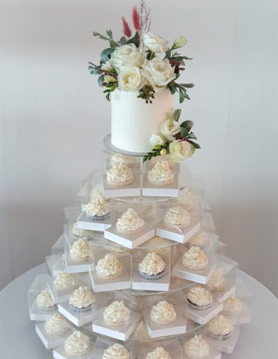 Sunshine Coast Hinterland Wedding Cake 1