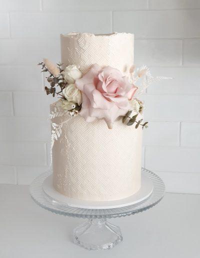 Cupcake Elegance Hinterland wedding cakes