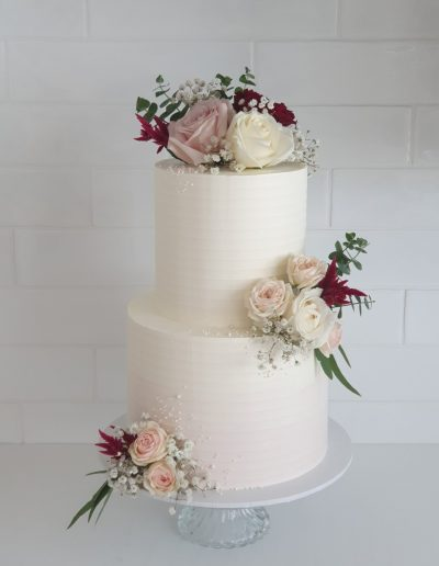 Flaxton Gardens wedding cake Cupcake Elegance